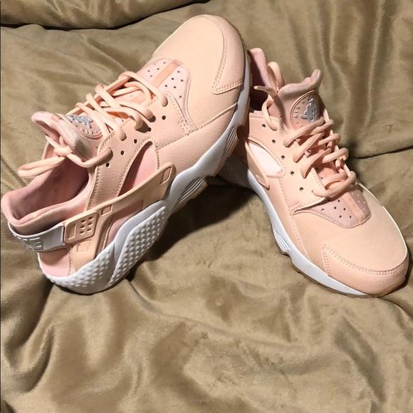 Baby Pink Nike Huaraches